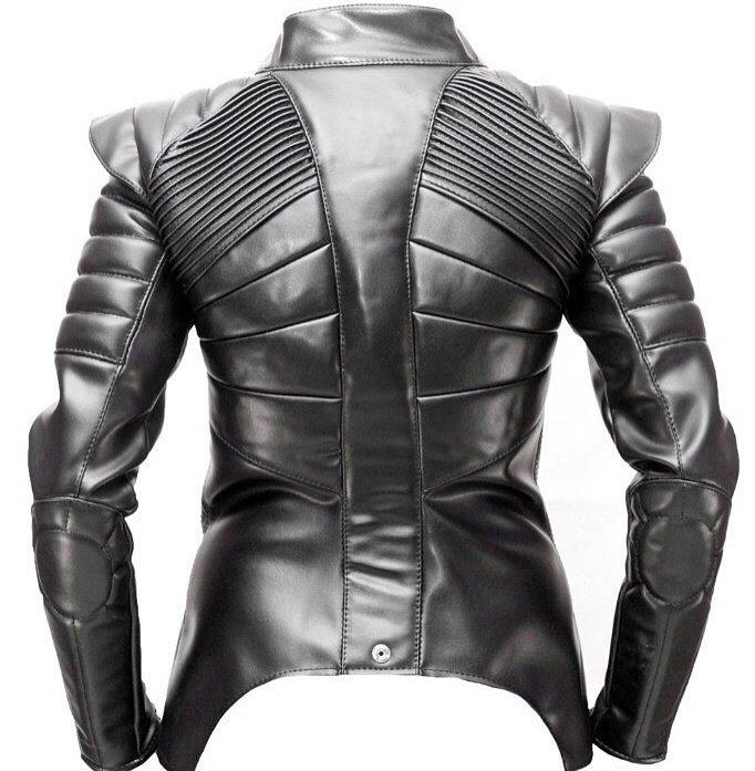 Куртка кожаная женская черная