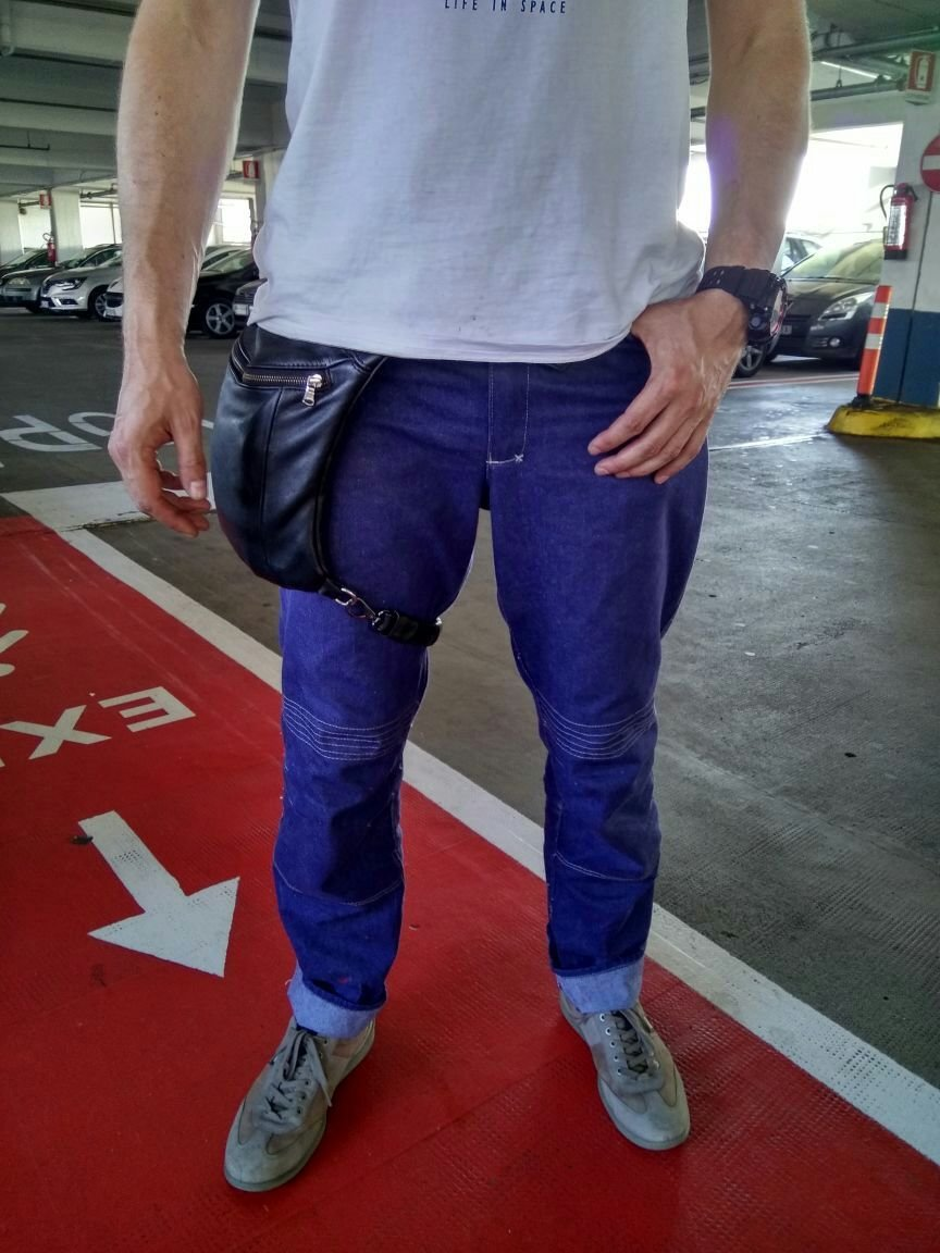 Moto jeans to order