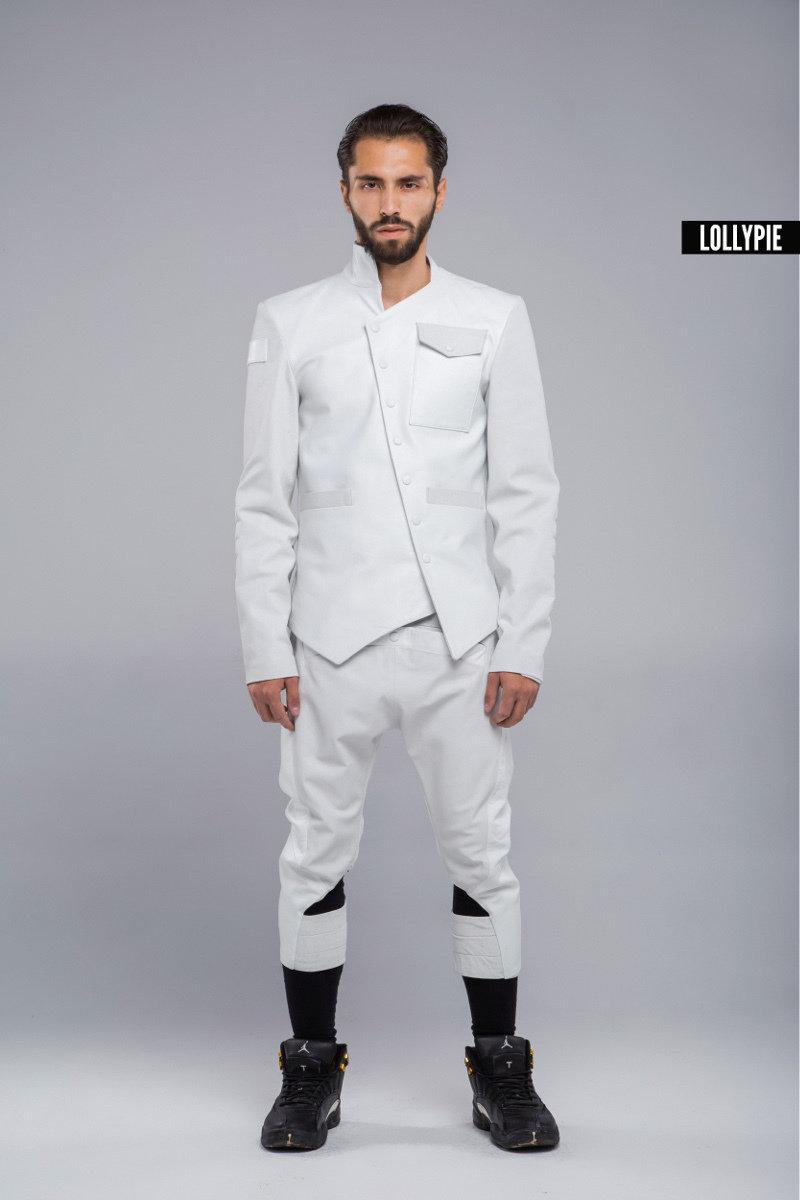 Пиджак кожаный белый