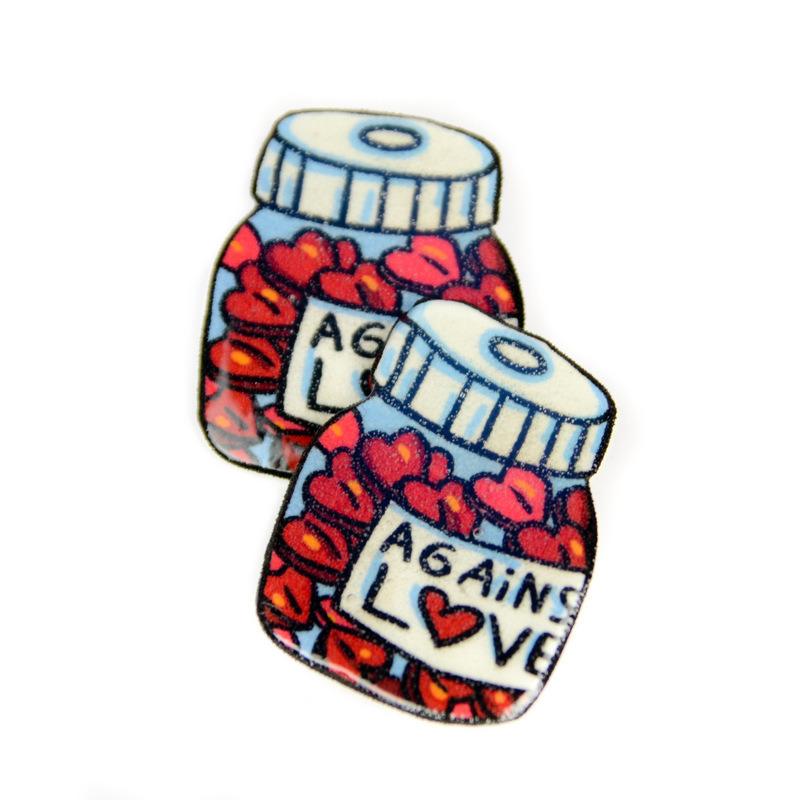 Магнит  Against love 01051