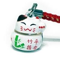 Манеки-неко подвеска-колокольчик с проростком бамбука