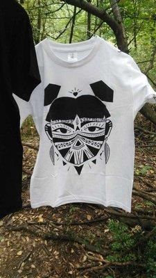 MOWAN - Stay Awake -Tribal Woman Libereria T-shirt White