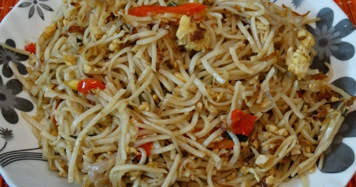Egg Chow mein