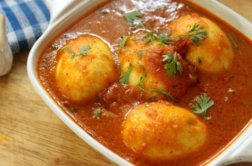 Egg curry - 2 eggs