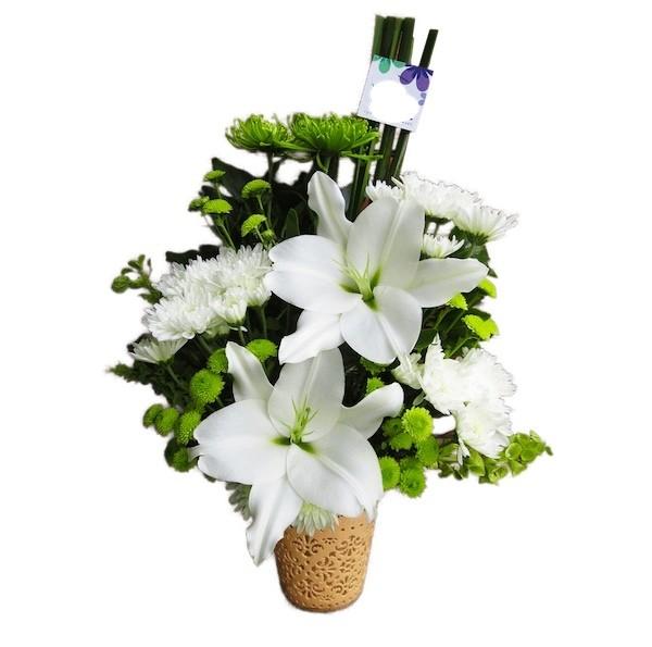 White flowers vase