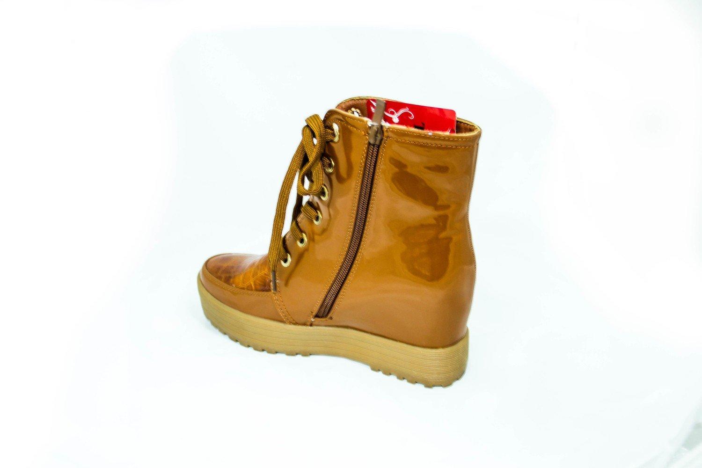 лаковые ботинки для девушки на платформе ( сникерсы)