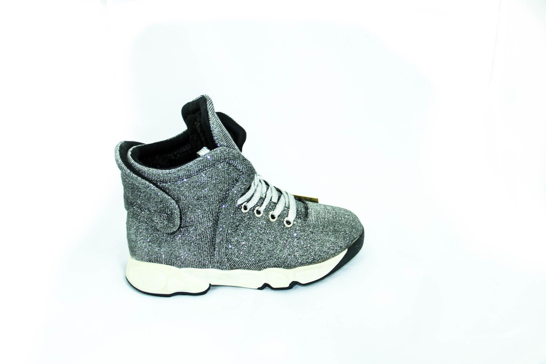 зимние ботинки для девушки