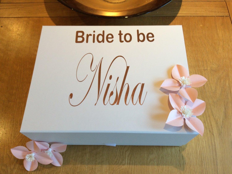 Personalised snapshut gift box