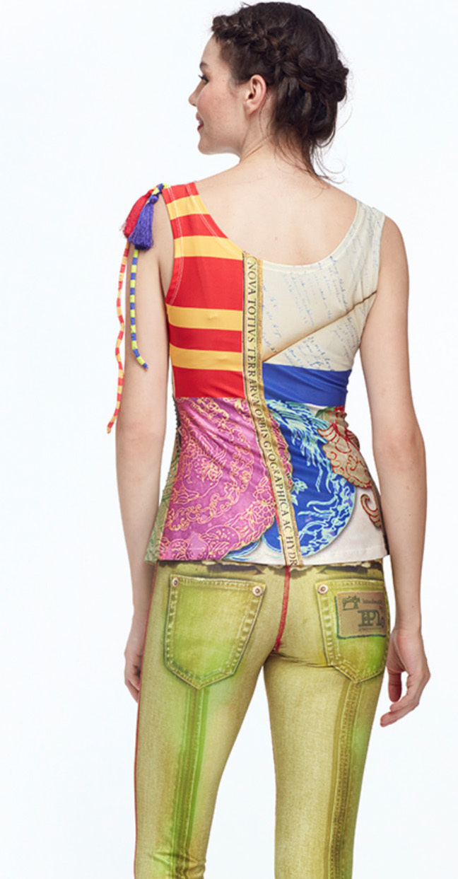 IPNG: The World At Your Paper Boat Trip Illusion Top (In 2 Colors!)