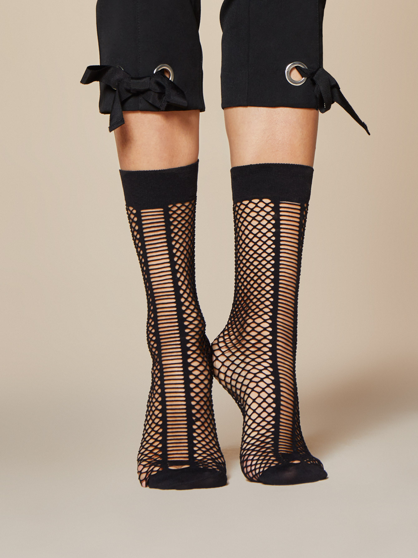 Fiore: Naughty Netted Stretchy Socks FIO_SCALA