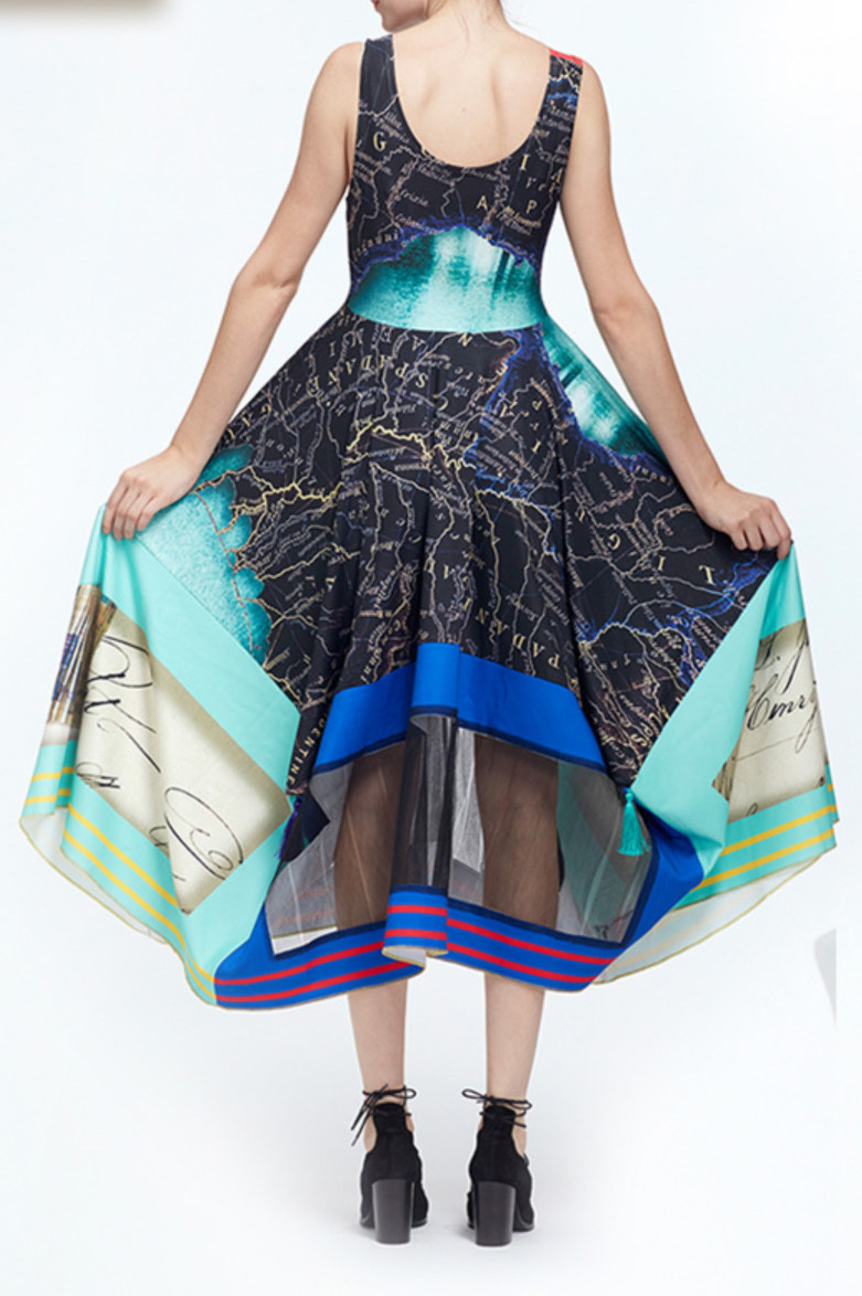 IPNG: The World At Your Paper Boat Trip Map Tasseled Illusion Gown