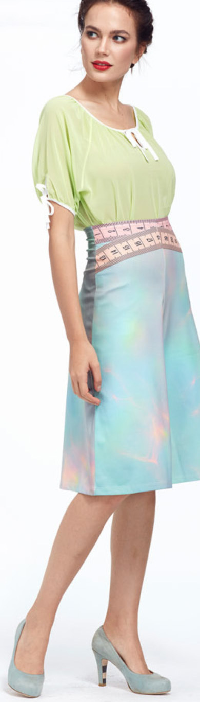 IPNG: Iridescent Pink Mint Lokoometric Illusion Short/Midi Skirt