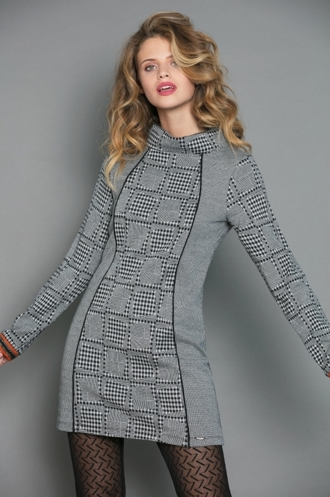 Maloka: Boxed Beauty Jacquard Tunic/Dress MK_SCARLET_N1