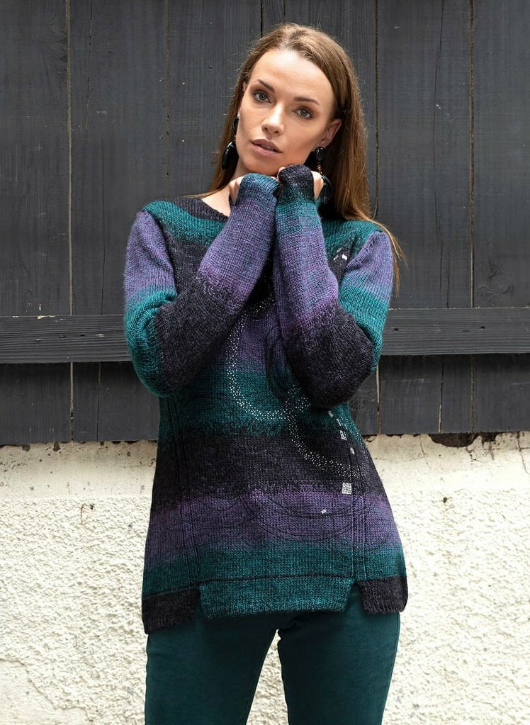 Dolcezza: Purple Star Cut Out Hem Sweater SOLD OUT Dolcezza_59123_N