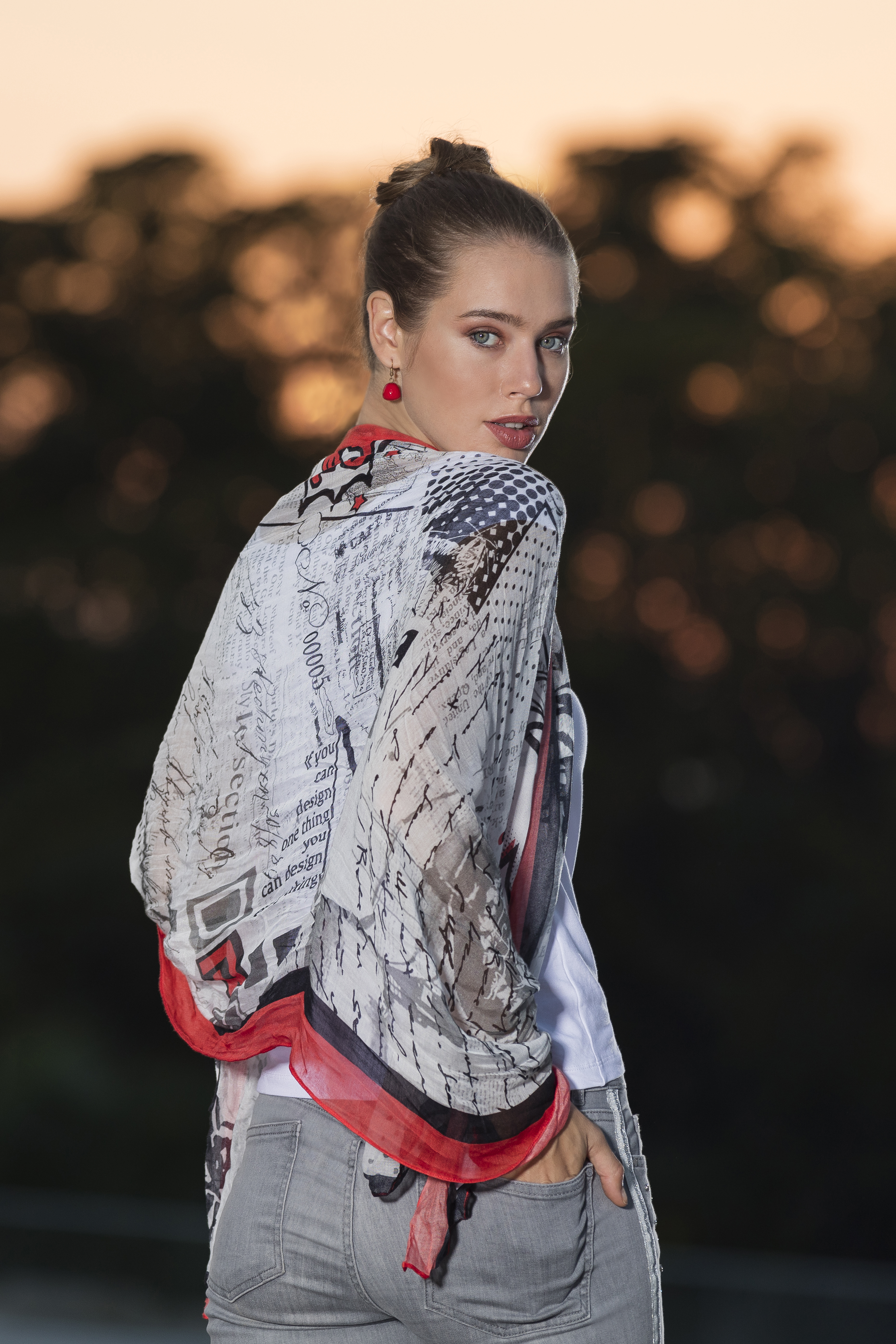 Dolcezza Spring/Summer 2020: Simply Art Scarves (Most Ship Immed, Many Art Styles!) DOLCEZZA_SIMPLYART_SCARVES_NEW