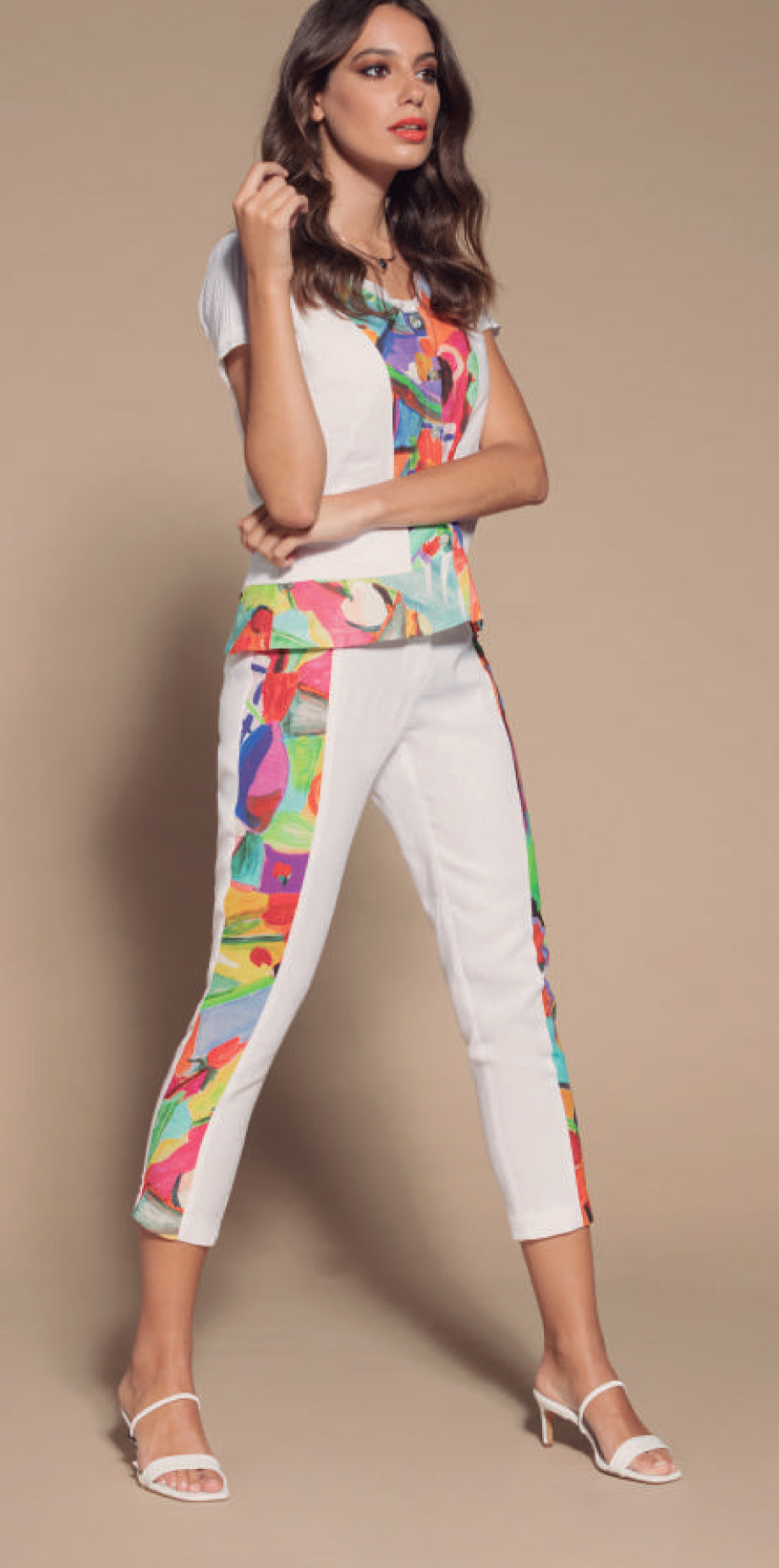 Maloka: Cherry Tulips Cropped Abstract Art Linen Pants