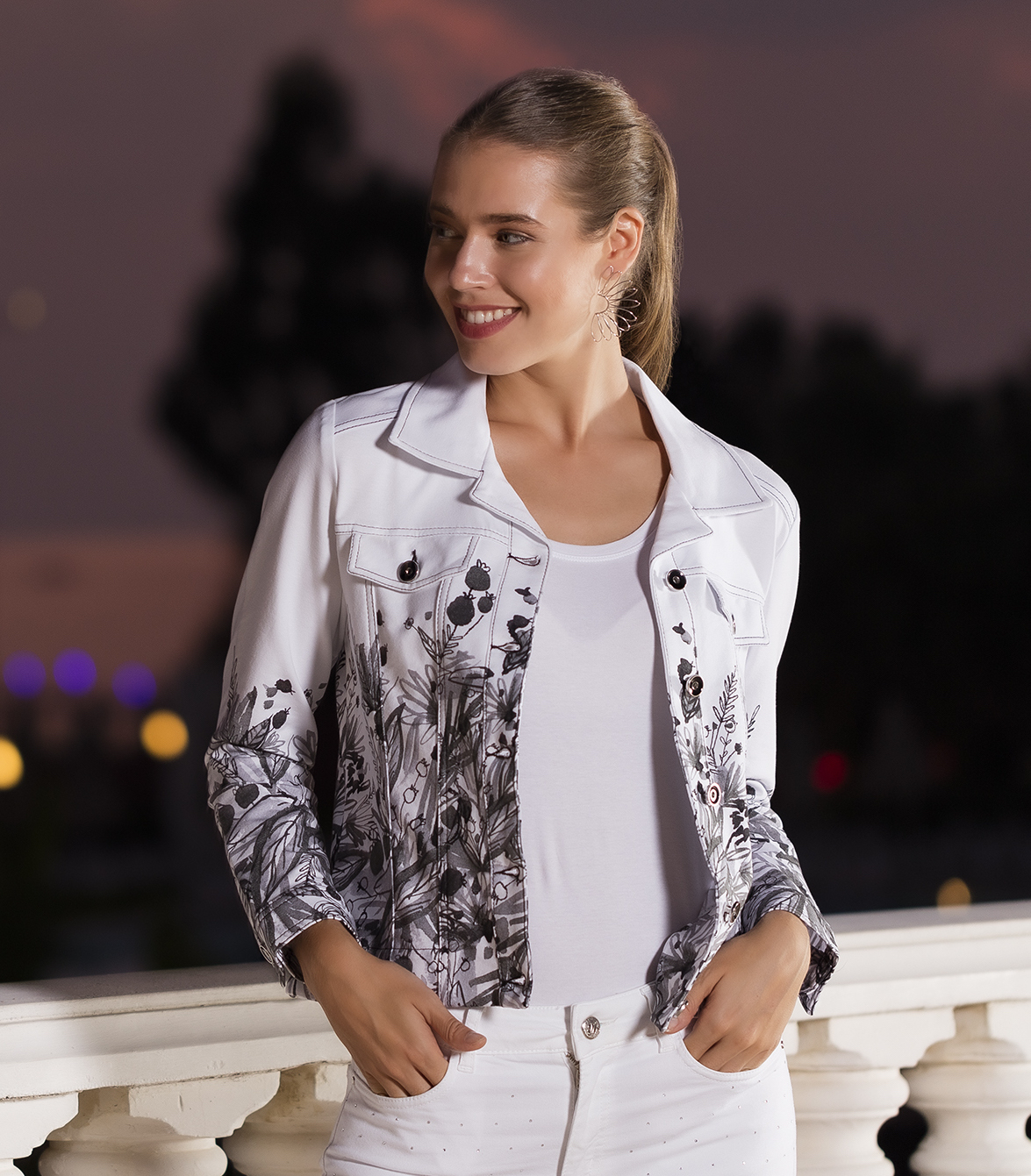 Simply Art Dolcezza: Wild Flowers In Black & White Abstract Art Soft Denim Jacket DOLCEZZA_SIMPLYART_20734