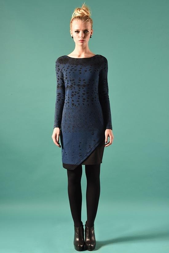 Eroke Italy: Asymmetrical Shades of a Midnight Sky Dress