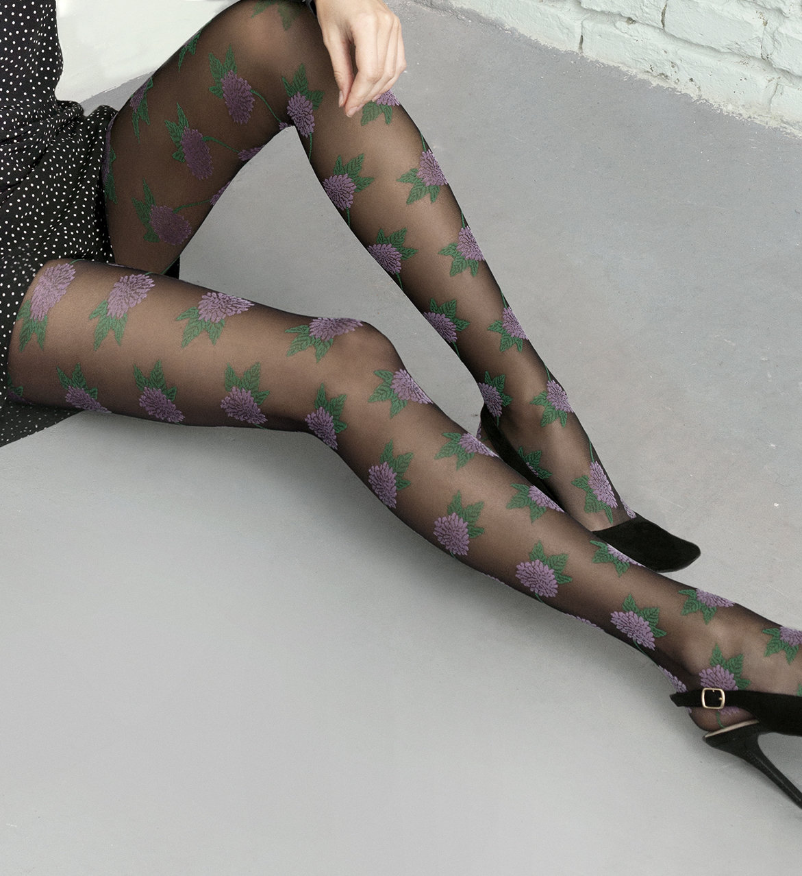 Fiore: Plush Pink Daisy T-Band Patterned Tights (1 Left!) FIO_PINKPUNK_N