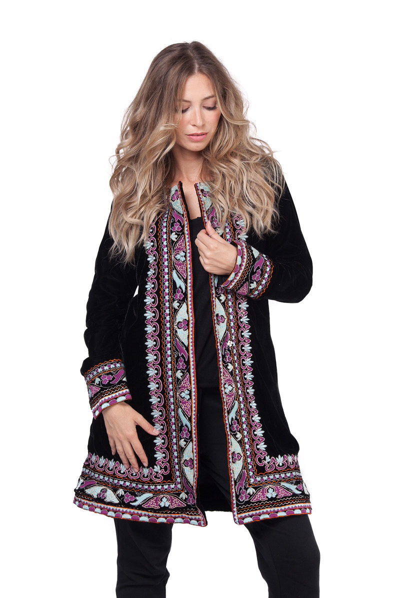 Savage Culture: Purple Pink Lotus Embroidered Long Coat Rhania SAVAGE_33320