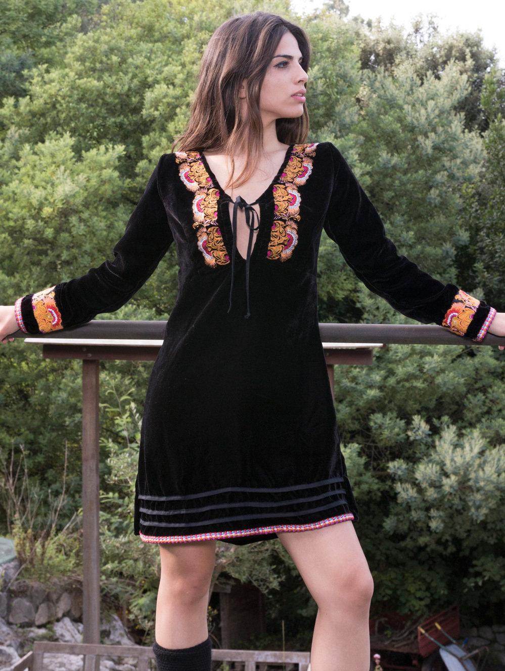 Savage Culture: Pink Pumpkin Embroidered Black Velvet Boho Dress Sandra SAVAGE_33341_N