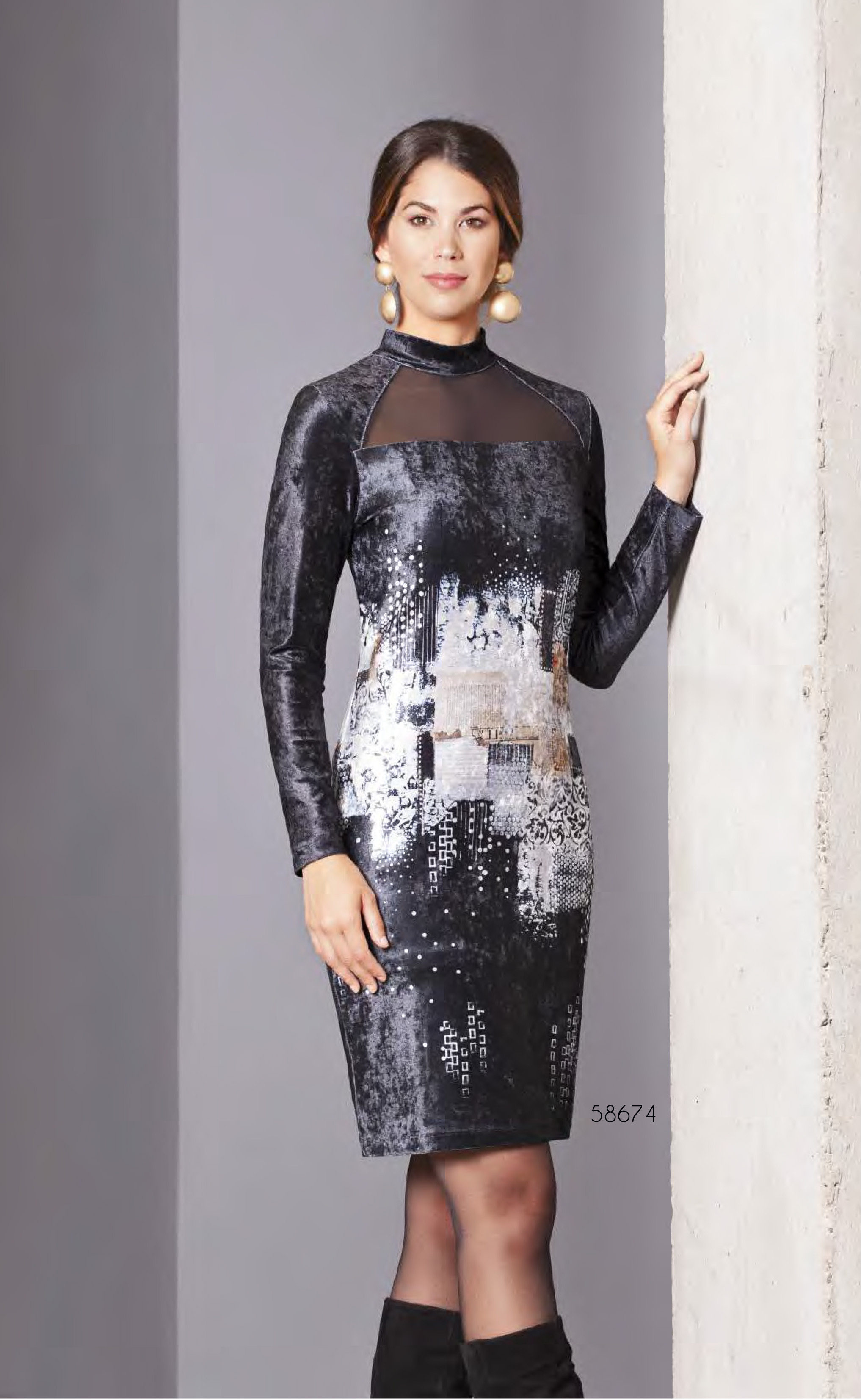 Simply Art Dolcezza: Explosion of Crystals Abstract Art Velvet Dress DOLCEZZA_SIMPLYART_58674_N1