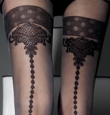Fiore: Crystal Chandelier Semi-Opaque Patterned Tights