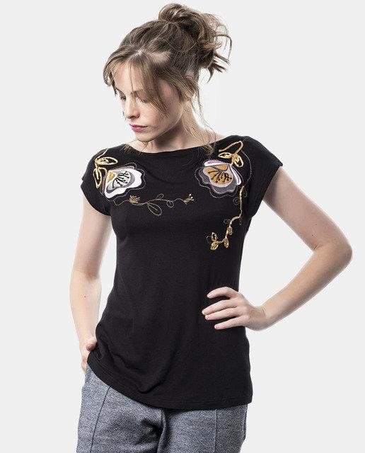 Mamatayoe: Backwards Bow Embroidered Fit & Flare Tunic MT_BOW