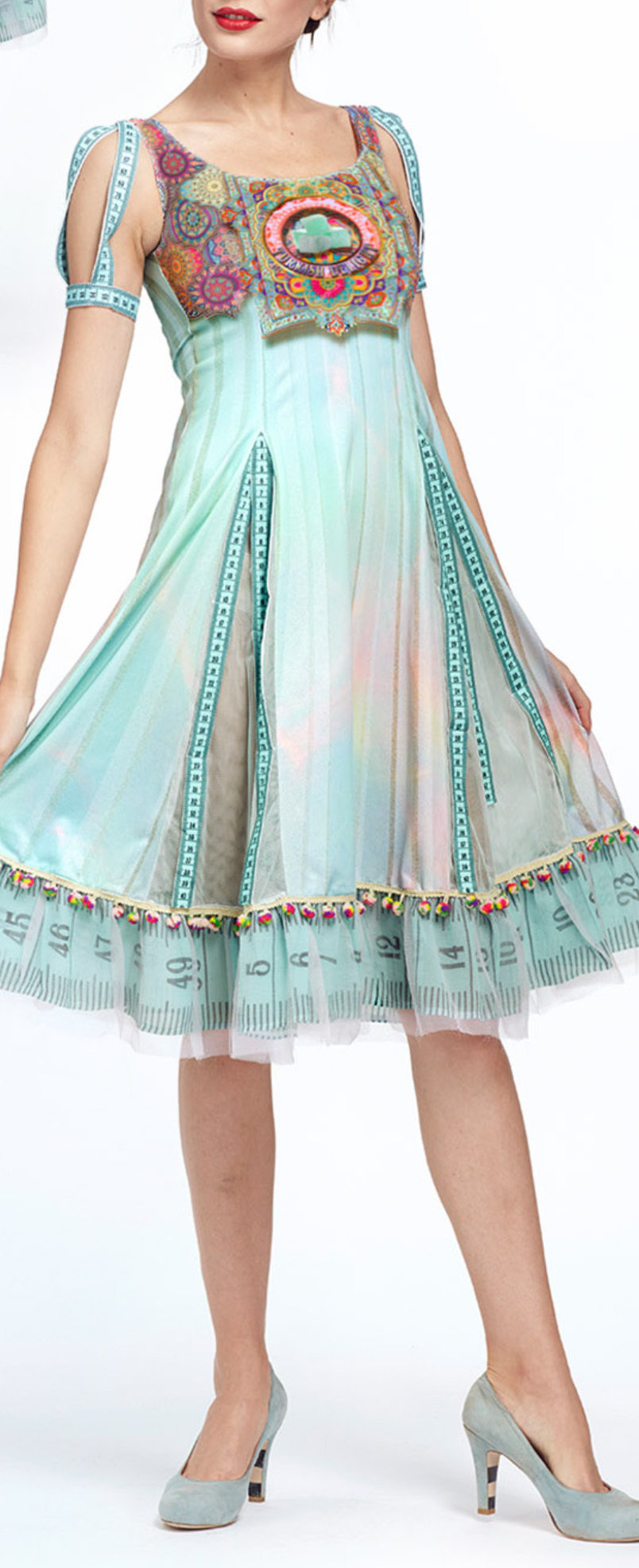 IPNG: Pastel Green Prismatic Rose Lokoometric Illusion Midi Dress