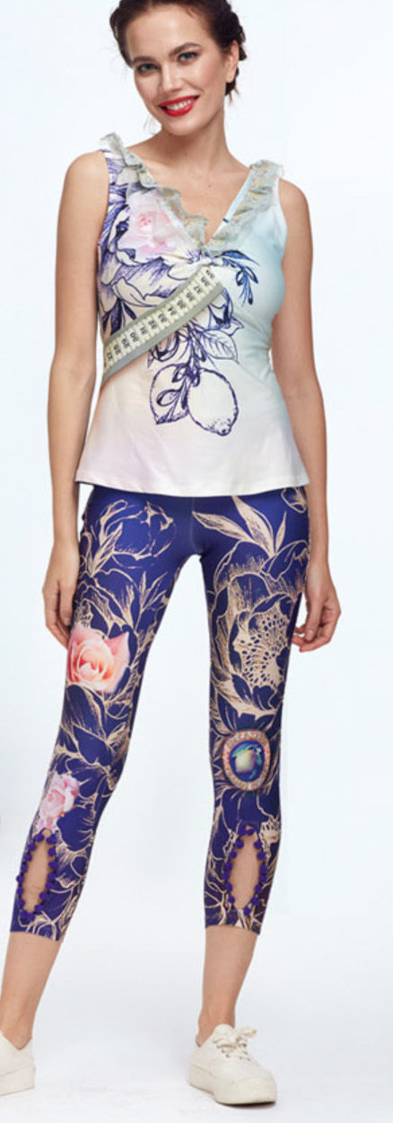 IPNG: Winter Rose Garden Peek-A-Boo Lokoometric Illusion Legging