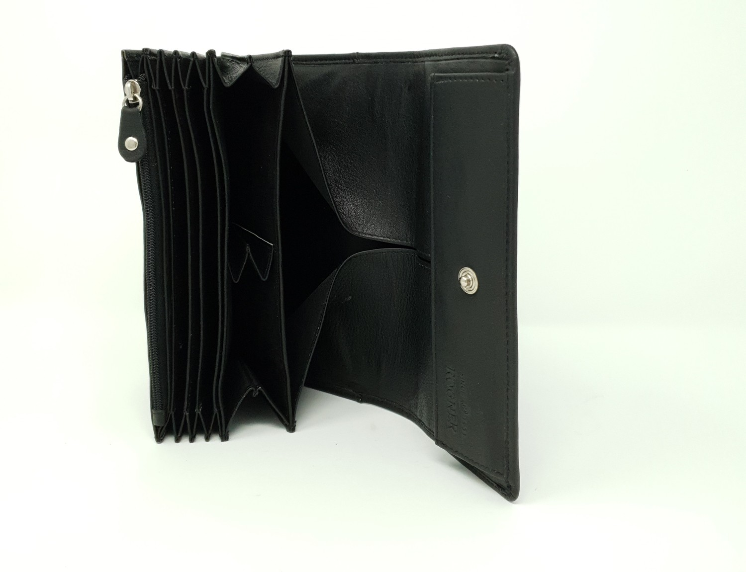 Calf leather waiter wallet