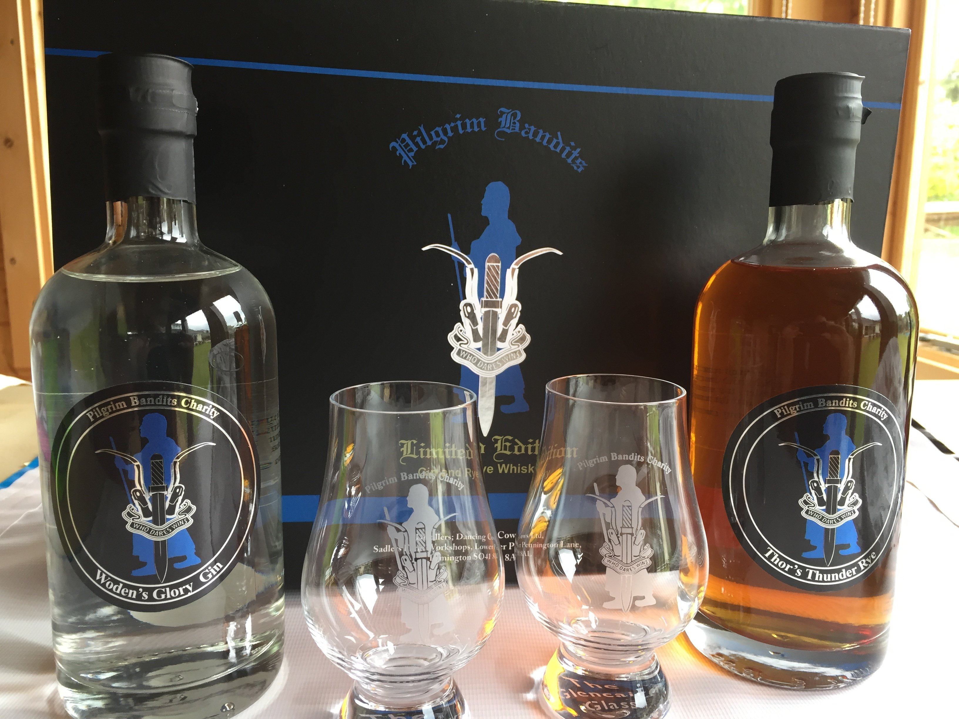 Pilgrims Limited Edition Gin and Whisky SPE1