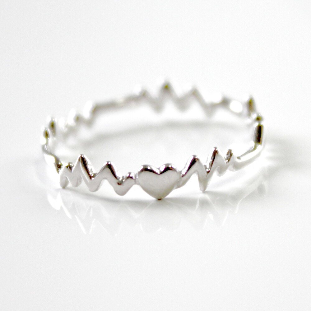 Sterling Silver Heart Beat Ring Size 8