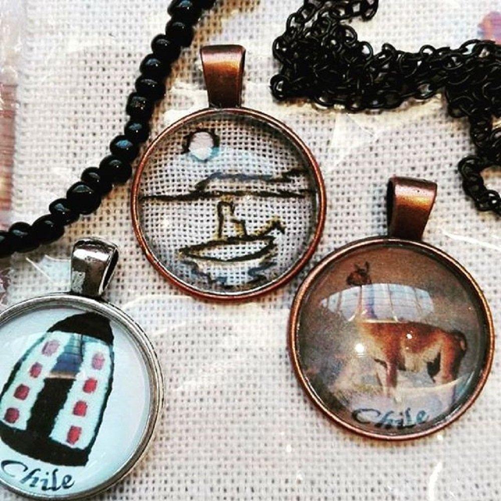 Embroidery or Painting Necklace / Dije con Bordado o Dibujo