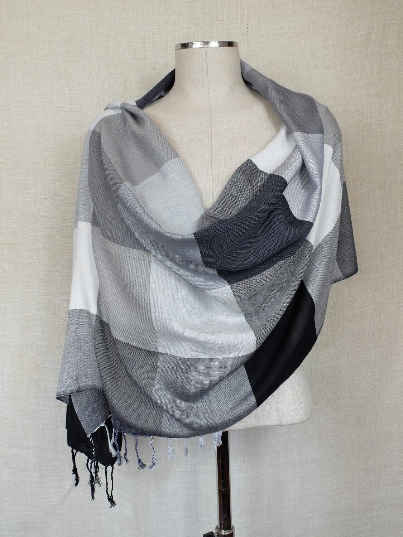 VC Black, White & Grey Shawl
