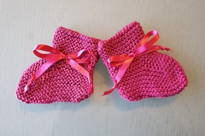 Baby Booties: Raspberry Fuchsia with Fuchsia Ribbon
