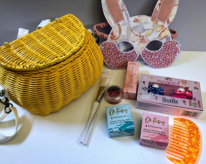 Play Makeup Gift Basket - Minichari Yellow