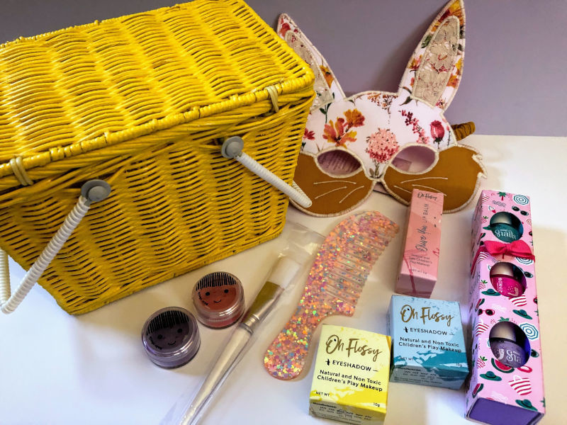Play Makeup Gift Basket - Piki Yellow