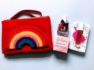Play Makeup Gift Bag - Red Rainbow 2