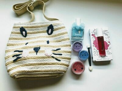 Play Makeup Gift Bag - Straw Bunny