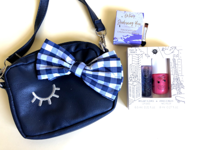 Winking Bow kids makeup set