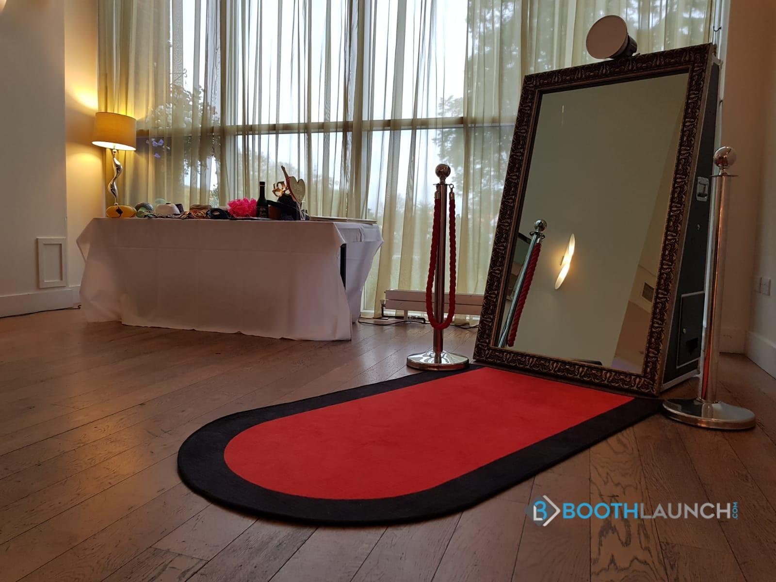 """""""Open Premiere"""" Chenille Red Carpet"""