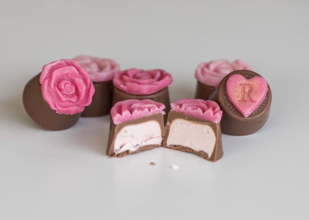 English Rose is filled with a fragrant rose flavouredfondant.