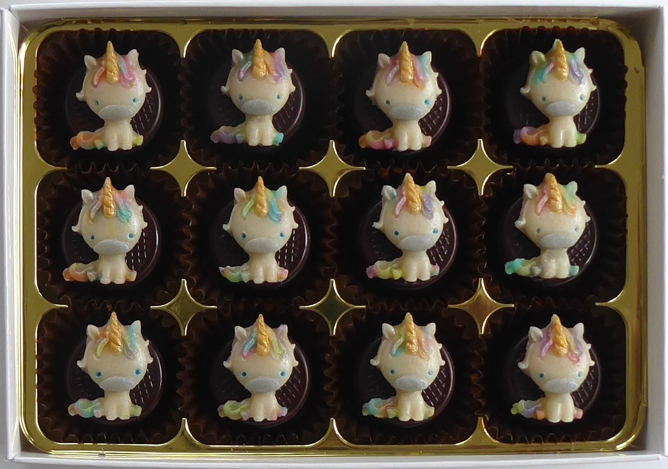 12 little unicorns ready to give.
