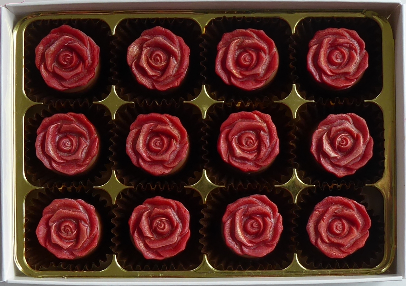 Deep Red Roses 00057
