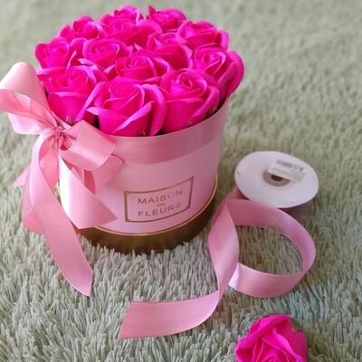 Аквабокс из 13 мыльных роз