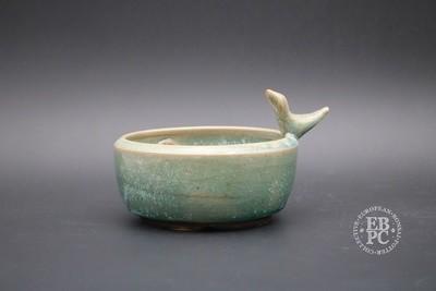 Sabine Besnard - 11.6cm; Shohin pot; Round; Green glaze, Aqua; Sculpted trademark accent bird