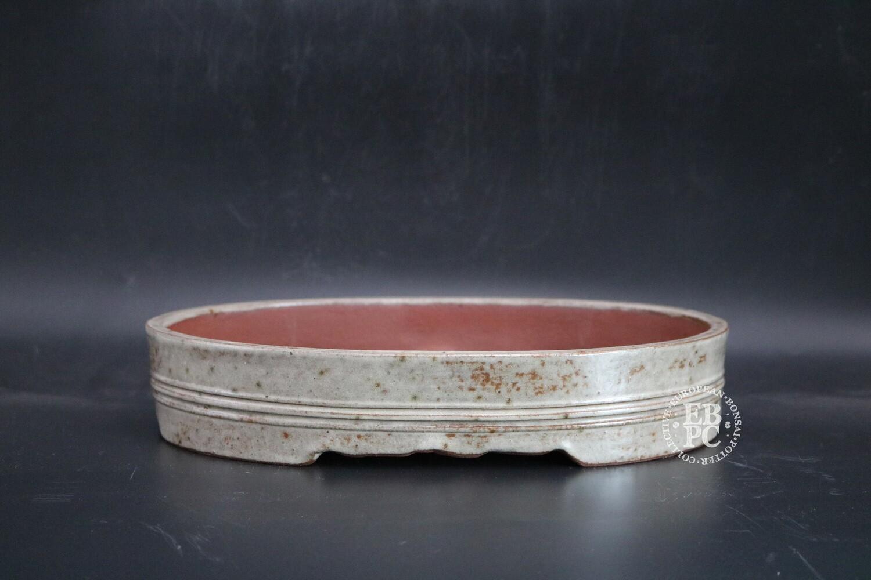 SOLD - M.B. Bonsaischalen - 31.5cm; Oval; Glazed; Cream & Brown;; White; Banding; Carved feet; Marc Berenbrinker