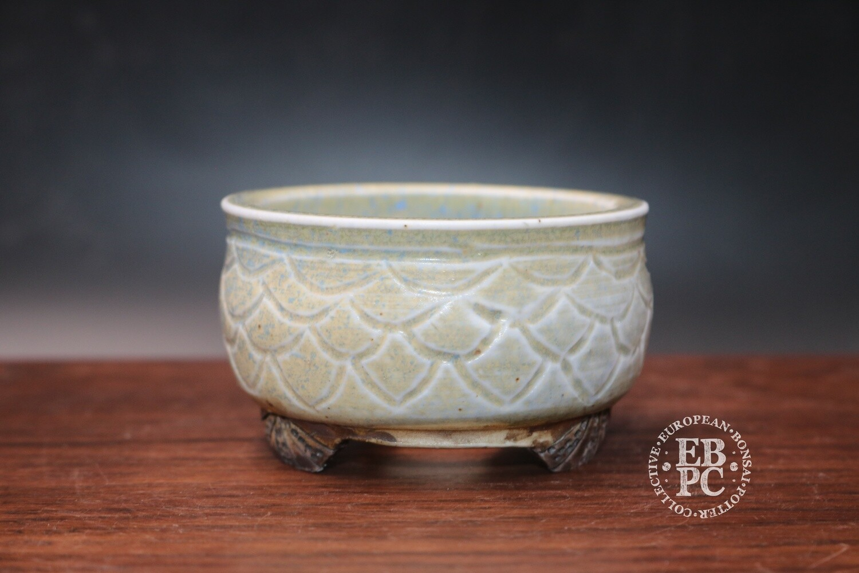SOLD - EBL Pots - 7.3cm; Porcelain; Carved pattern; Pastel tones; Blues; Yellow; Detailed feet; Elsebeth Ludwigsen