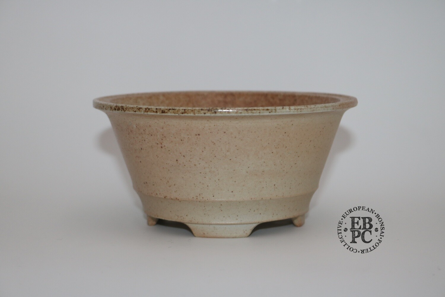 Gramming Pots - 13.1cm; 'Supreme Simplicity; Round; Unglazed; White; Light Brown; Wood-fired; Recessed feet; Tomas Gramming